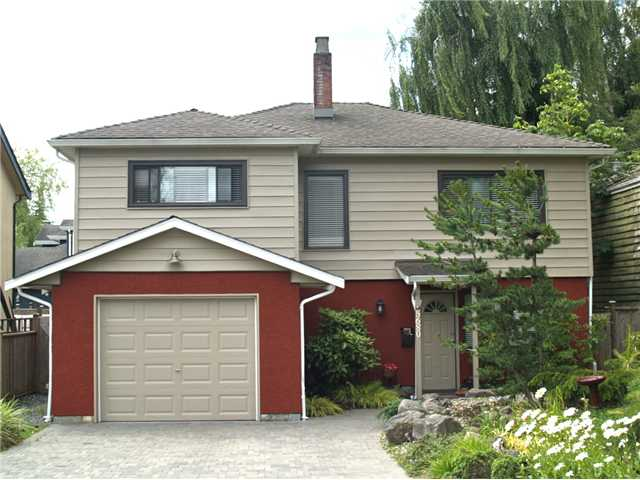 Main Photo: 5680 GROVE AV in : Hawthorne House for sale : MLS® # V899728