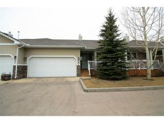 Main Photo: 2 117 BOW RIDGE Drive: Cochrane Multi Unit for sale : MLS(r) # C4003118