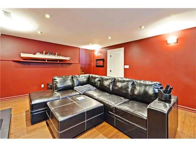 Photo 19: 5924 LEWIS Drive SW in Calgary: Lakeview House for sale : MLS® # C4040273