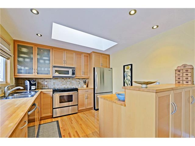 Photo 5: 5924 LEWIS Drive SW in Calgary: Lakeview House for sale : MLS® # C4040273