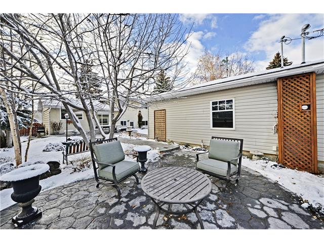 Photo 26: 5924 LEWIS Drive SW in Calgary: Lakeview House for sale : MLS® # C4040273