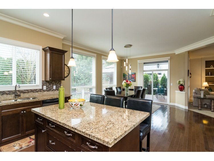 Photo 9: 21082 83B Avenue in Langley: Willoughby Heights House for sale : MLS(r) # R2038203