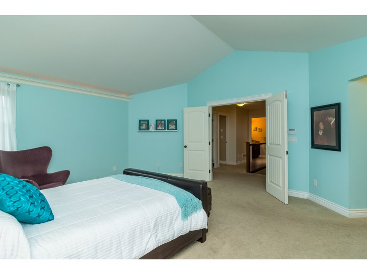 Photo 17: 21082 83B Avenue in Langley: Willoughby Heights House for sale : MLS(r) # R2038203