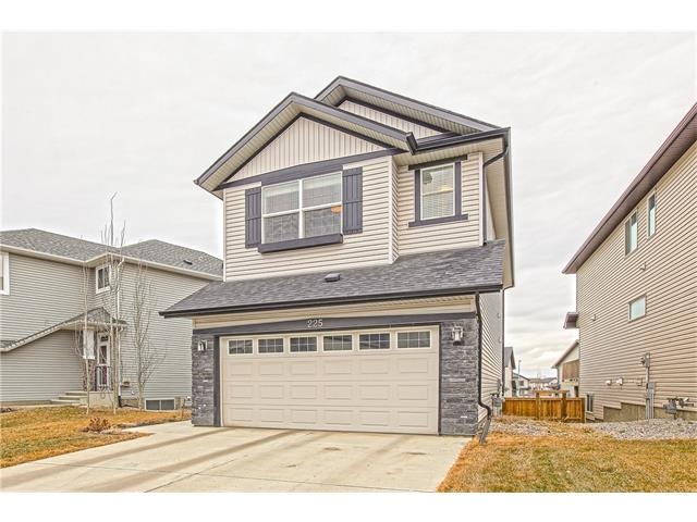 Photo 2: 225 CRANBERRY Circle SE in Calgary: Cranston House for sale : MLS® # C4051122