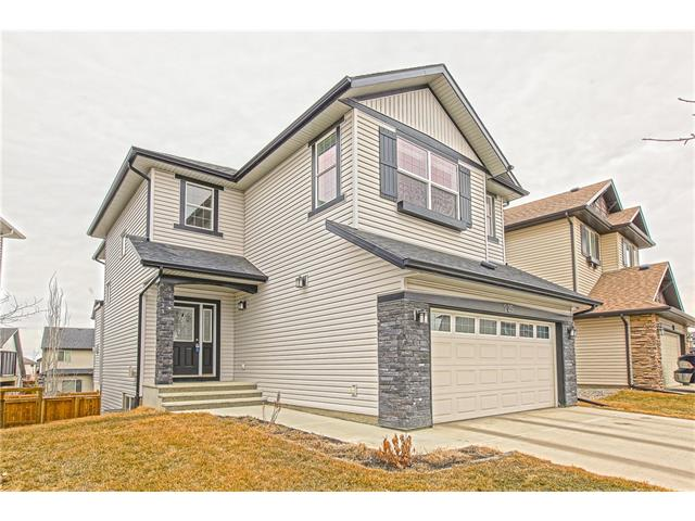Photo 3: 225 CRANBERRY Circle SE in Calgary: Cranston House for sale : MLS® # C4051122