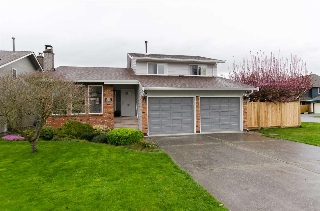 "Main Photo: 5263 BENTLEY Court in Delta: Hawthorne House for sale in ""VICTORY SOUTH"" (Ladner)  : MLS(r) # R2048434"