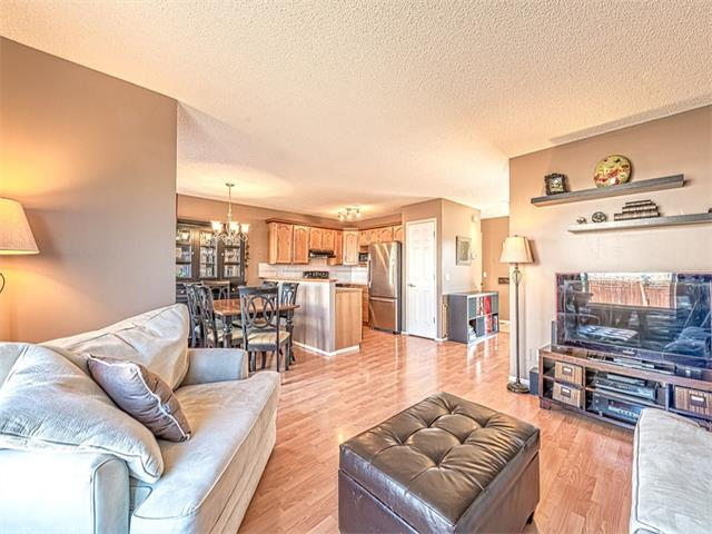 Photo 2: 65 HARVEST CREEK Close NE in Calgary: Harvest Hills House for sale : MLS® # C4059402