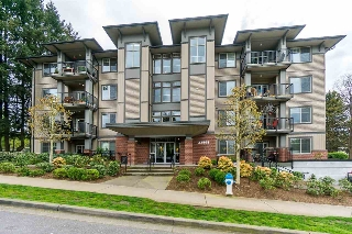 "Main Photo: 305 33898 PINE Street in Abbotsford: Central Abbotsford Condo for sale in ""GALLANTREE"" : MLS(r) # R2071779"