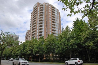 "Main Photo: 1903 4689 HAZEL Street in Burnaby: Forest Glen BS Condo for sale in ""MADISON"" (Burnaby South)  : MLS(r) # R2087557"