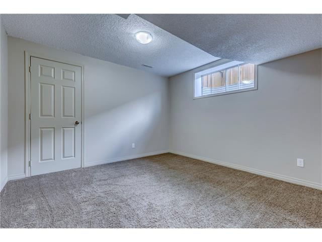 Photo 33: 172 EVERWOODS Green SW in Calgary: Evergreen House for sale : MLS® # C4073885