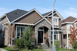 Main Photo: 14867 71A Avenue in Surrey: East Newton House for sale : MLS(r) # R2110303