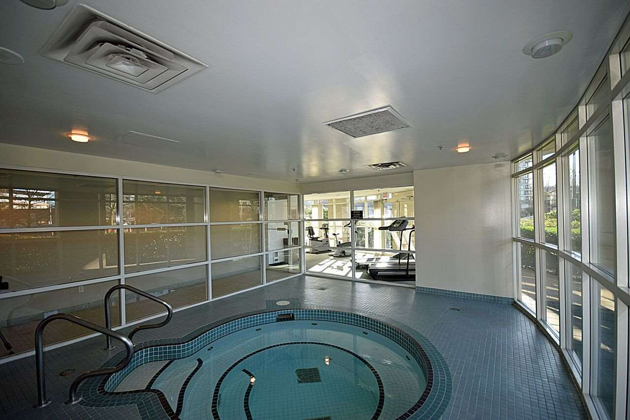 "Photo 16: 1504 200 NEWPORT Drive in Port Moody: North Shore Pt Moody Condo for sale in ""THE ELGIN"" : MLS(r) # R2120289"