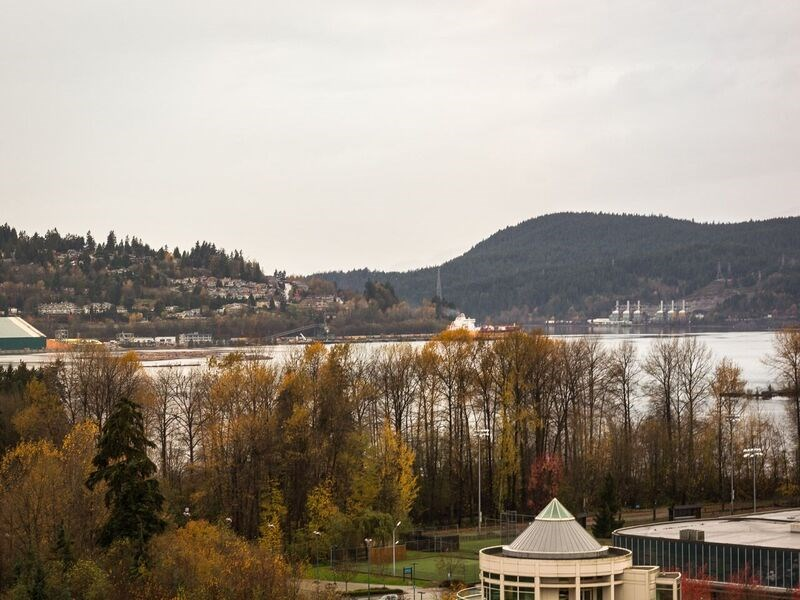 "Photo 9: 1504 200 NEWPORT Drive in Port Moody: North Shore Pt Moody Condo for sale in ""THE ELGIN"" : MLS(r) # R2120289"