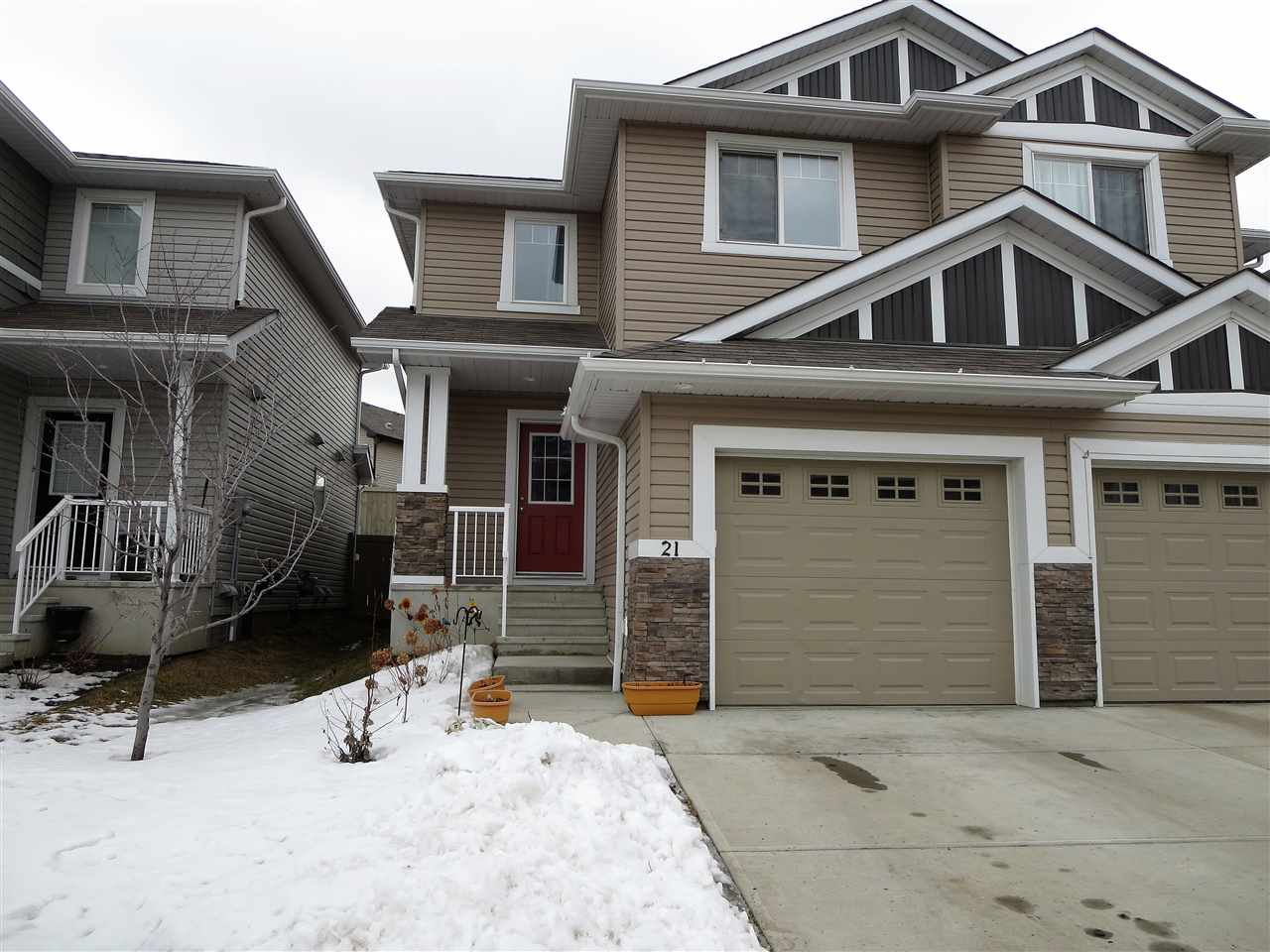 Main Photo: 21 655 TAMARACK Road NW in Edmonton: Zone 30 House Half Duplex for sale : MLS(r) # E4052083