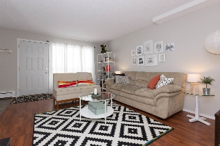 Main Photo: 102 6103 35A Avenue in Edmonton: Zone 29 Townhouse for sale : MLS(r) # E4053757