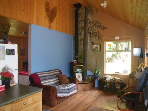 Photo 10: Photos: 908/930 BYNG Road: Roberts Creek House for sale (Sunshine Coast)  : MLS®# R2173400