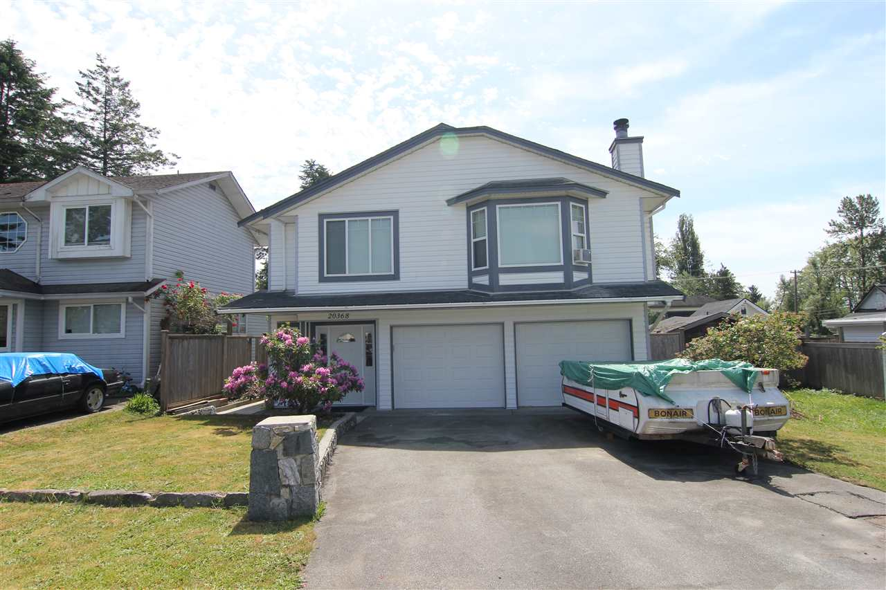 Photo 3: 20368 115 Avenue in Maple Ridge: Southwest Maple Ridge House for sale : MLS(r) # R2174452