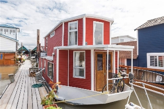 "Main Photo: 6E1 8191 RIVER Road in Richmond: Bridgeport RI House for sale in ""RICHMOND MARINA"" : MLS(r) # R2174614"
