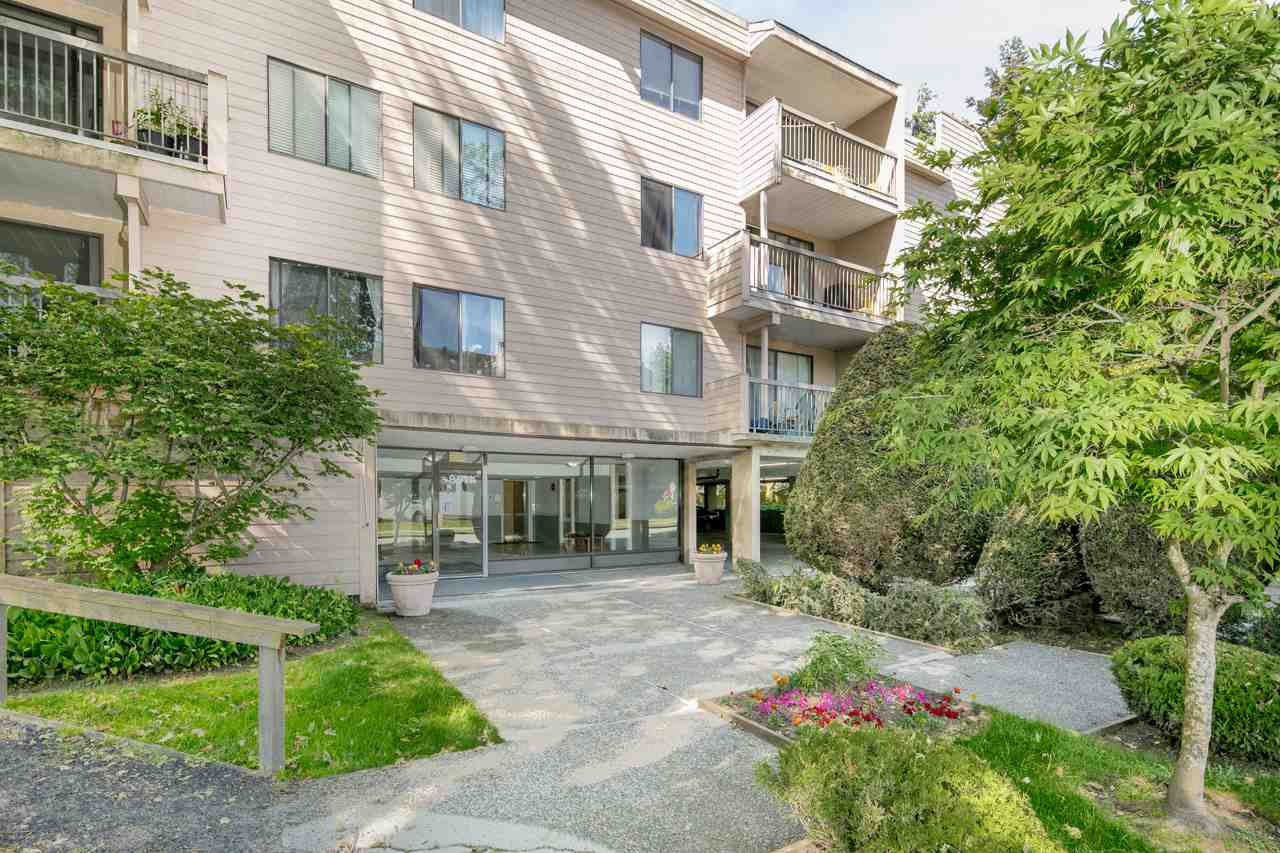 "Main Photo: 223 8511 ACKROYD Road in Richmond: Brighouse Condo for sale in ""LEXINGTON SQUARE"" : MLS(r) # R2175616"