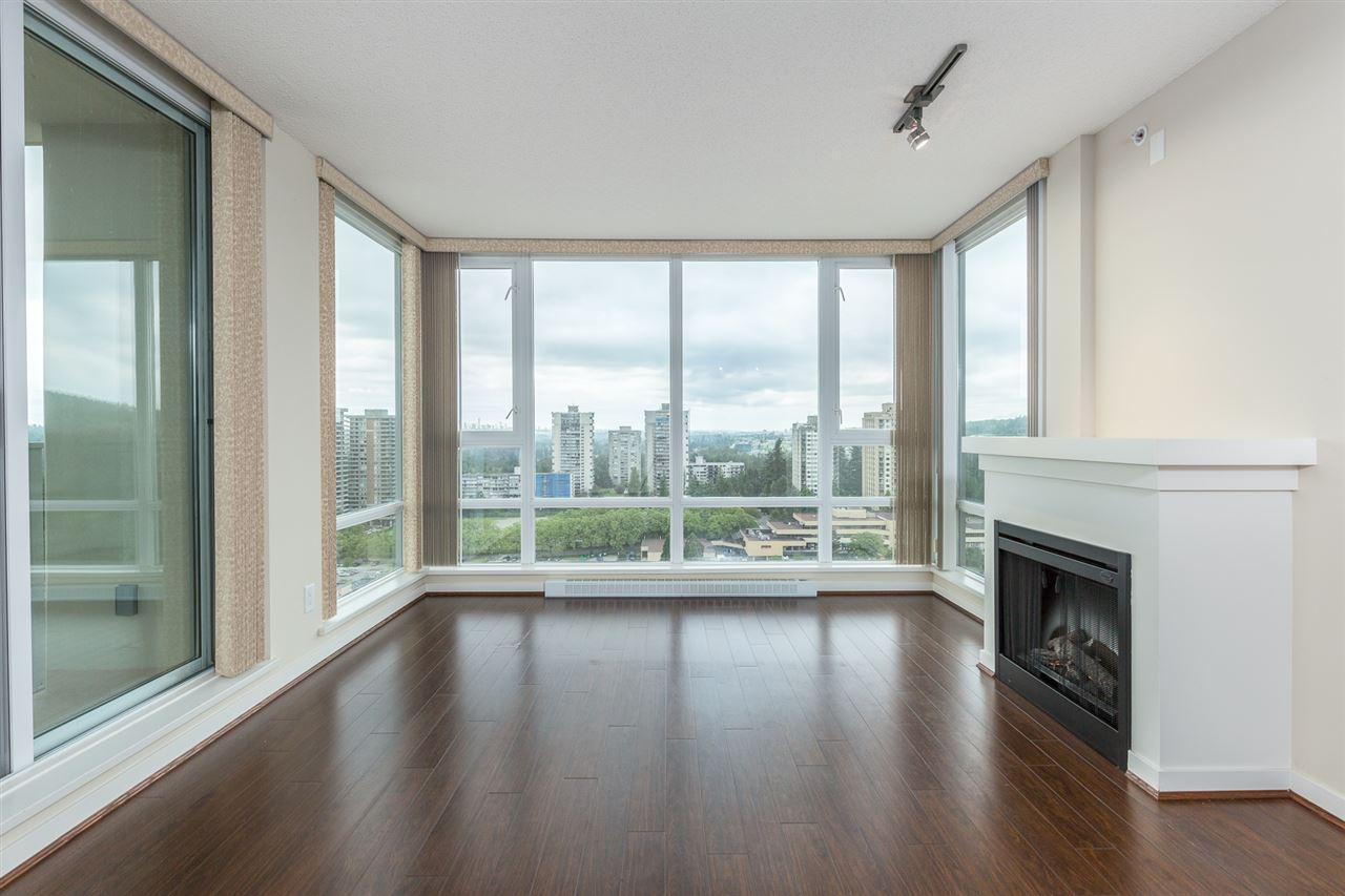 "Photo 3: 1505 9888 CAMERON Street in Burnaby: Sullivan Heights Condo for sale in ""SILHOUETTE"" (Burnaby North)  : MLS(r) # R2179408"