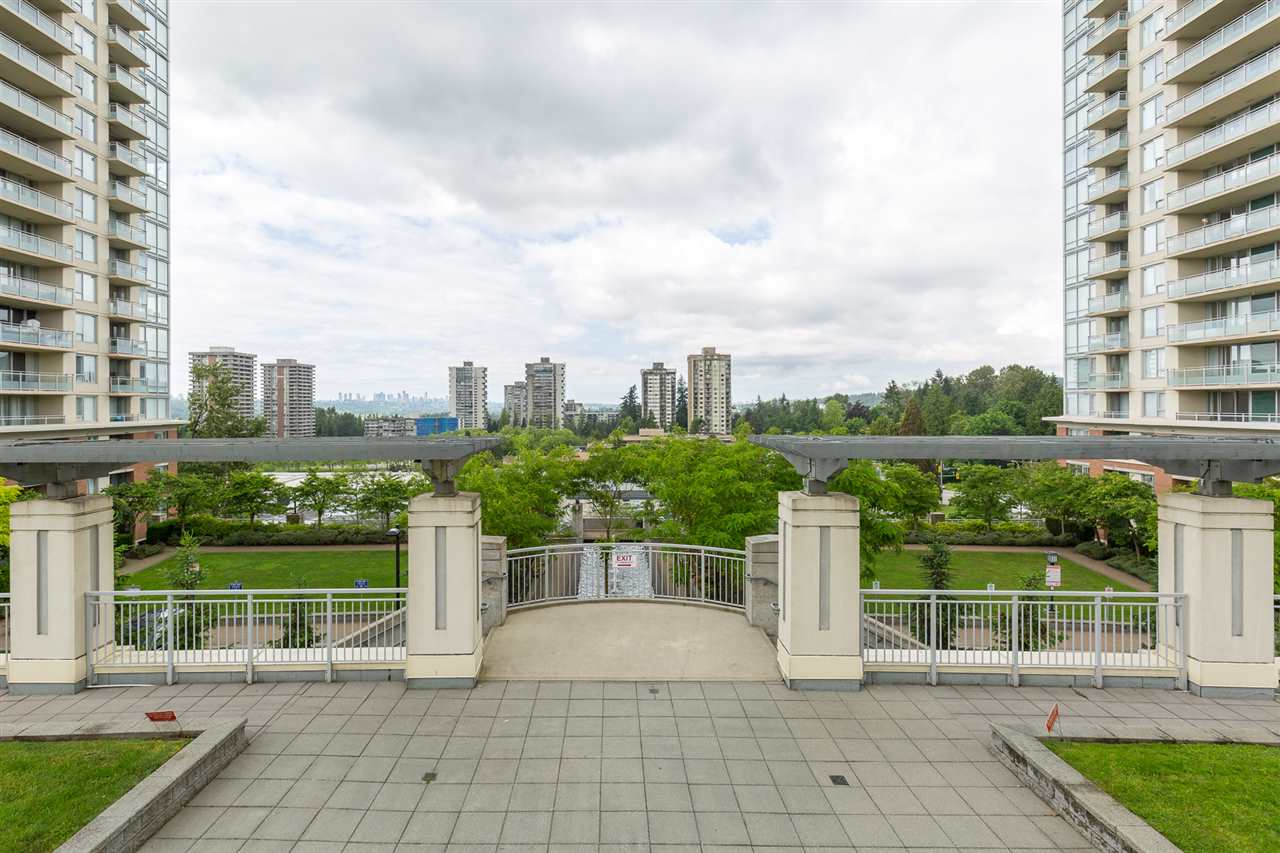 "Photo 2: 1505 9888 CAMERON Street in Burnaby: Sullivan Heights Condo for sale in ""SILHOUETTE"" (Burnaby North)  : MLS(r) # R2179408"