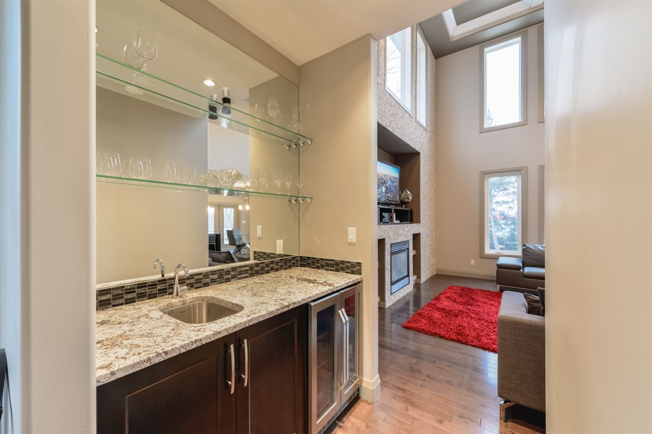 Photo 5: 5708 110 Street in Edmonton: Zone 15 House for sale : MLS(r) # E4070085