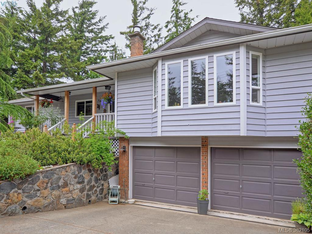 Main Photo:  in VICTORIA: Co Triangle Single Family Detached for sale (Colwood)  : MLS® # 382105