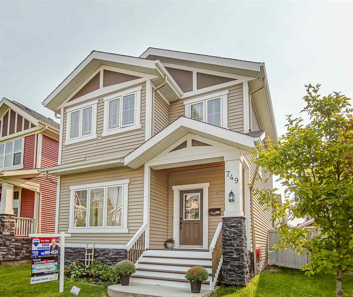 Main Photo: 749 Decoteau Way in Edmonton: Zone 27 House for sale : MLS® # E4079281