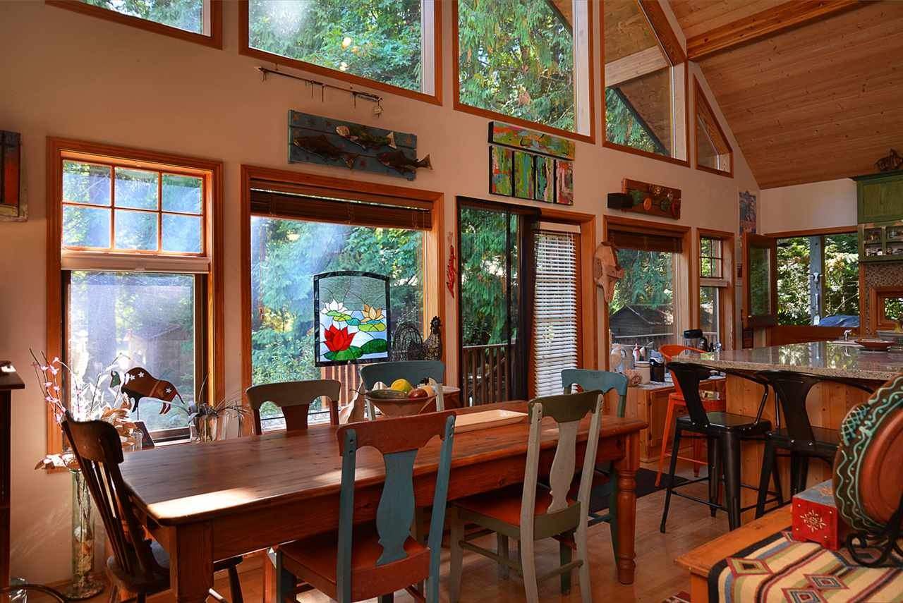 Photo 7: 1125 ROBERTS CREEK Road: Roberts Creek House for sale (Sunshine Coast)  : MLS® # R2200630