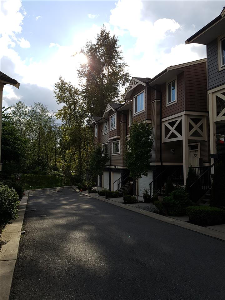 "Main Photo: 72 11252 COTTONWOOD Drive in Maple Ridge: Cottonwood MR Townhouse for sale in ""COTTONWOOD RIDGE"" : MLS® # R2211714"