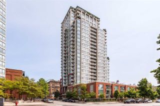 "Main Photo: TH 15 550 TAYLOR Street in Vancouver: Downtown VW Condo for sale in ""The Taylor"" (Vancouver West)  : MLS® # R2219638"