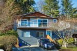 Main Photo: 206 WARRICK Street in Coquitlam: Cape Horn House for sale : MLS®# R2256247