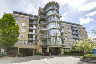 "Main Photo: 111 2655 CRANBERRY Drive in Vancouver: Kitsilano Condo for sale in ""The New Yorker"" (Vancouver West)  : MLS®# R2267056"