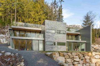 Main Photo: 1060 GOAT RIDGE Drive in Squamish: Britannia Beach House for sale : MLS®# R2300247