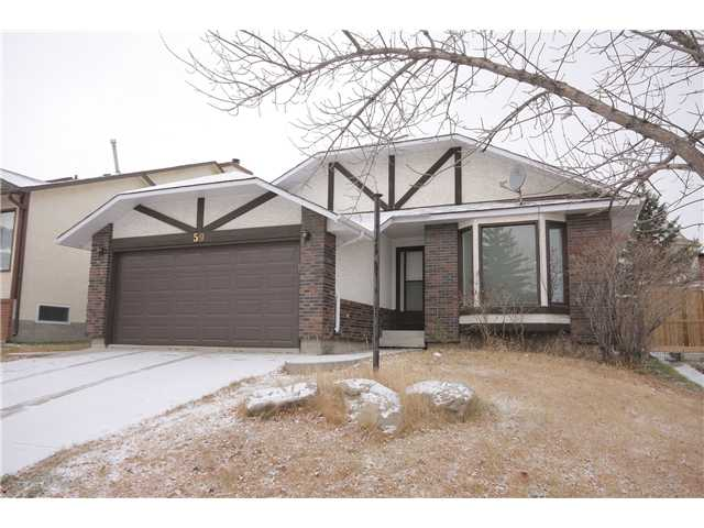 Main Photo: 59 SANDERLING Rise NW in CALGARY: Sandstone Residential Detached Single Family for sale (Calgary)  : MLS® # C3500360