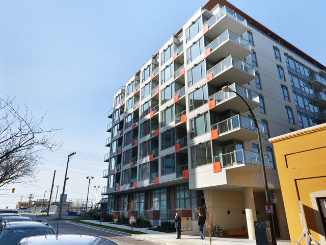 "Main Photo: # 908 251 E 7TH AV in Vancouver: Mount Pleasant VE Condo for sale in ""DISTRICT (SOUTH MAIN)"" (Vancouver East)  : MLS® # V934820"