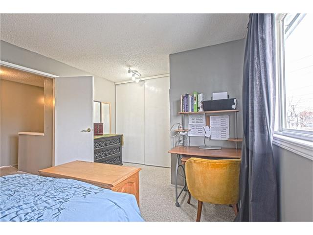 Photo 19: 22 75 ERIN CROFT Crescent SE in Calgary: Erin Woods House for sale : MLS(r) # C4047110