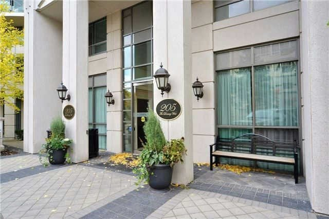 Main Photo: 111 205 W The Donway Way in Toronto: Banbury-Don Mills Condo for sale (Toronto C13)  : MLS® # C3452671