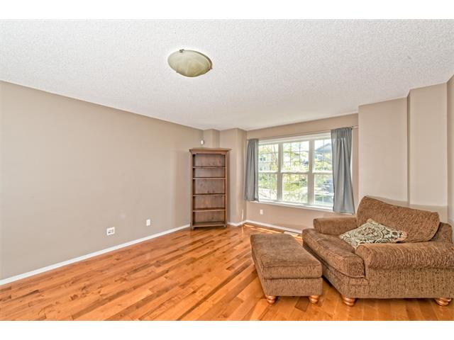 Photo 2: 224 COVEPARK Green NE in Calgary: Coventry Hills House for sale : MLS® # C4057096