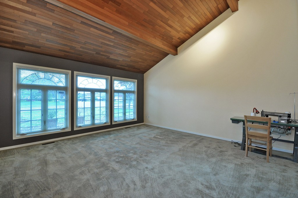 Photo 3: 32722 BELLVUE Crescent in Abbotsford: Abbotsford West House for sale : MLS® # R2057853