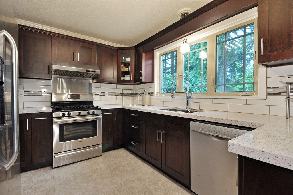 Photo 7: 32722 BELLVUE Crescent in Abbotsford: Abbotsford West House for sale : MLS® # R2057853