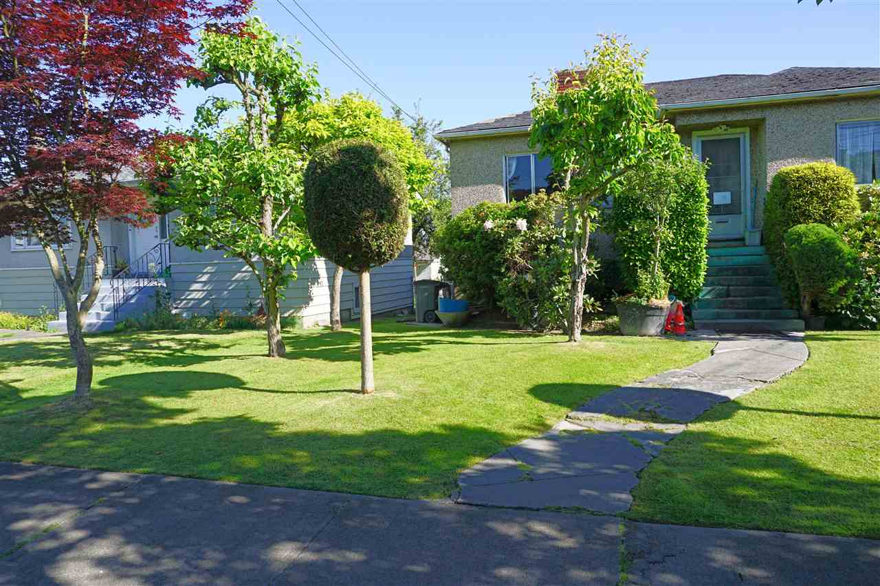 Photo 7: 1427 E 27TH Avenue in Vancouver: Knight Home for sale (Vancouver East)  : MLS® # R2069557