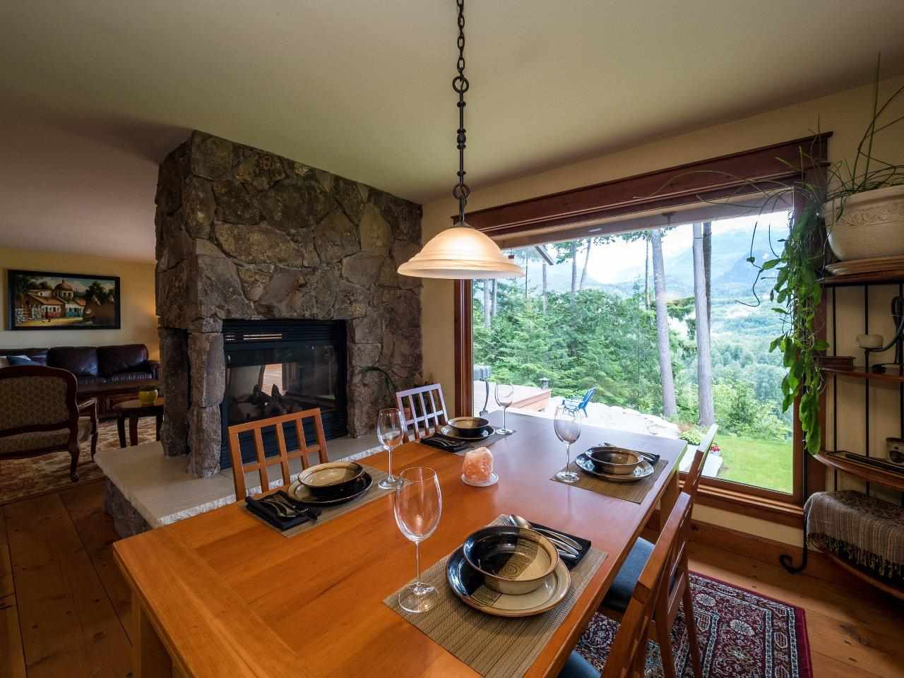 "Photo 9: 40218 KINTYRE Drive in Squamish: Garibaldi Highlands House for sale in ""GARIBALDI HIGHLANDS, KINTYRE BENCH"" : MLS(r) # R2081825"