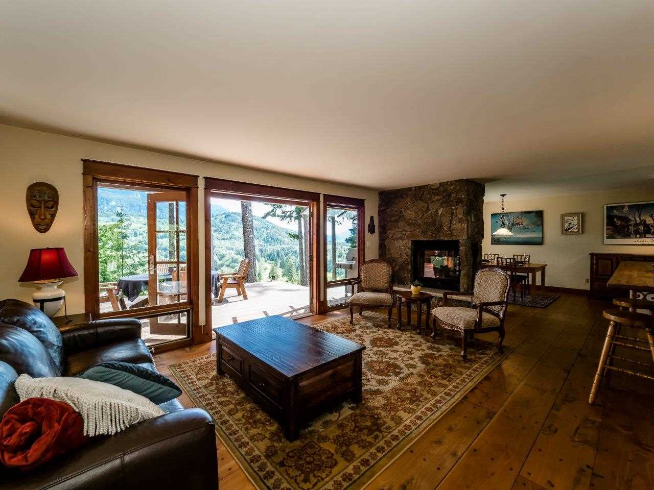"Photo 8: 40218 KINTYRE Drive in Squamish: Garibaldi Highlands House for sale in ""GARIBALDI HIGHLANDS, KINTYRE BENCH"" : MLS(r) # R2081825"