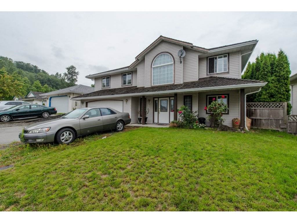 Main Photo: 31879 BLUERIDGE Drive in Abbotsford: Abbotsford West House for sale : MLS® # R2088168