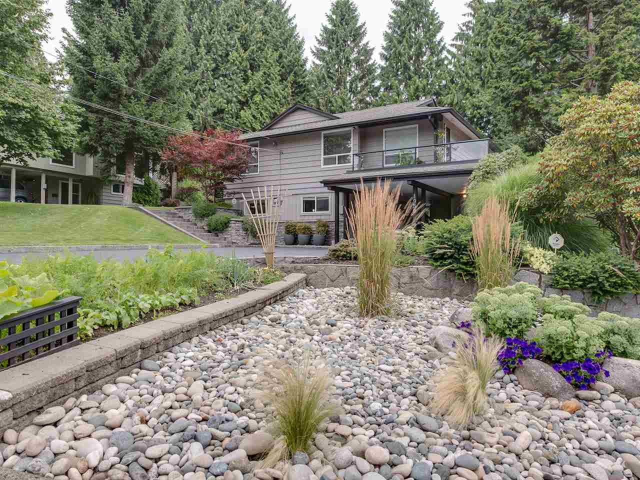 Main Photo: 1959 ALDERLYNN Drive in North Vancouver: Westlynn House for sale : MLS® # R2094199