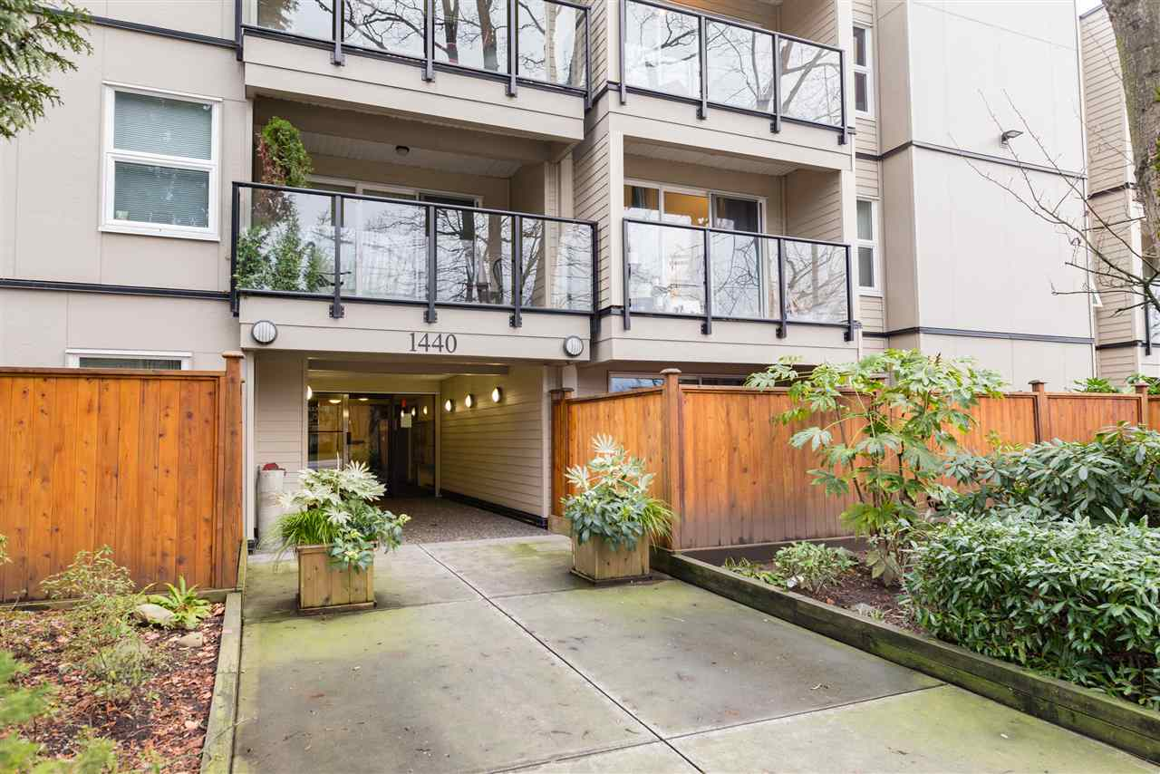 Photo 11: 204 1440 E BROADWAY in Vancouver: Grandview VE Condo for sale (Vancouver East)  : MLS® # R2109821