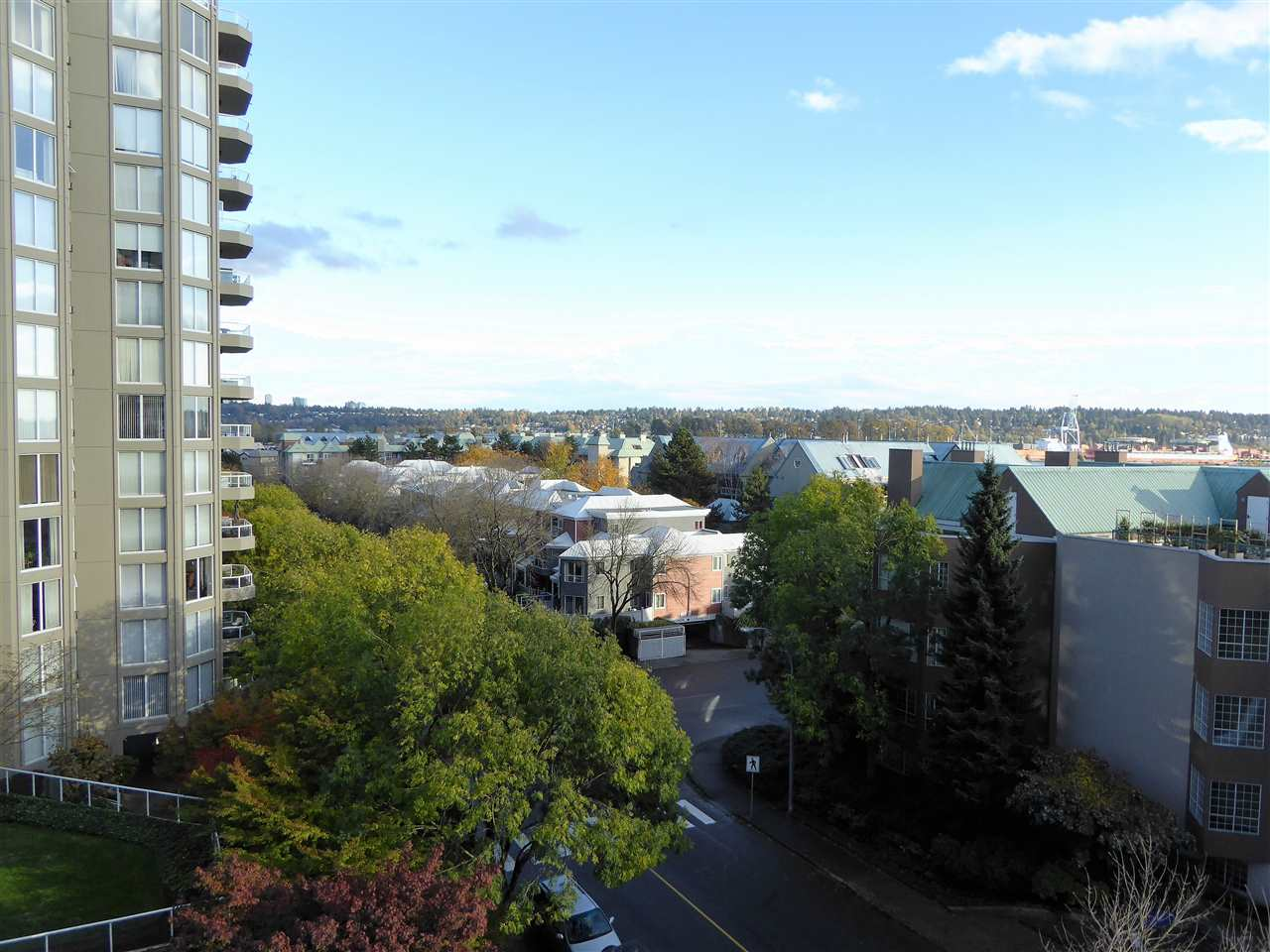 "Photo 16: 701 1185 QUAYSIDE Drive in New Westminster: Quay Condo for sale in ""RIVIERA"" : MLS(r) # R2117245"