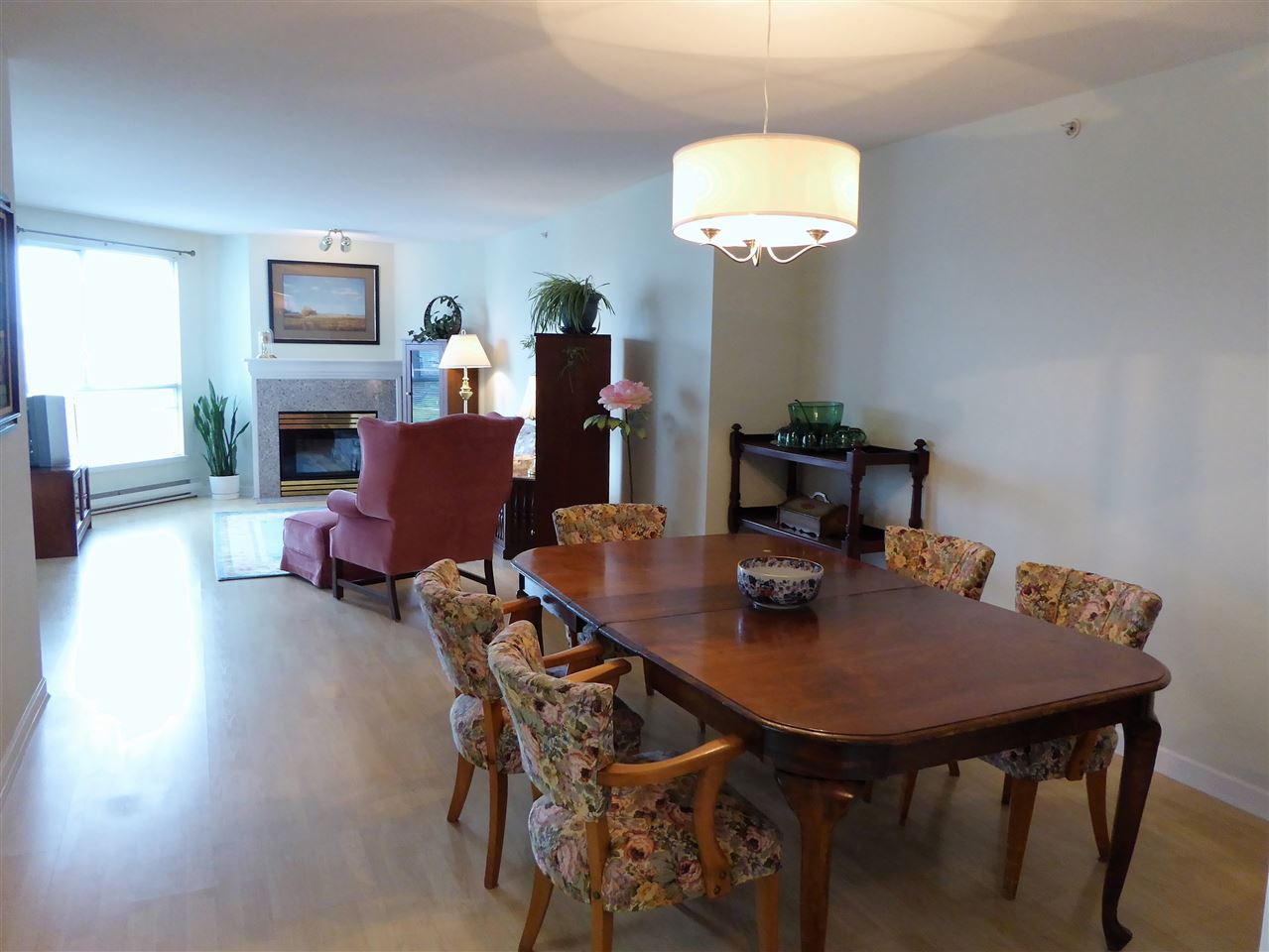 "Photo 3: 701 1185 QUAYSIDE Drive in New Westminster: Quay Condo for sale in ""RIVIERA"" : MLS(r) # R2117245"