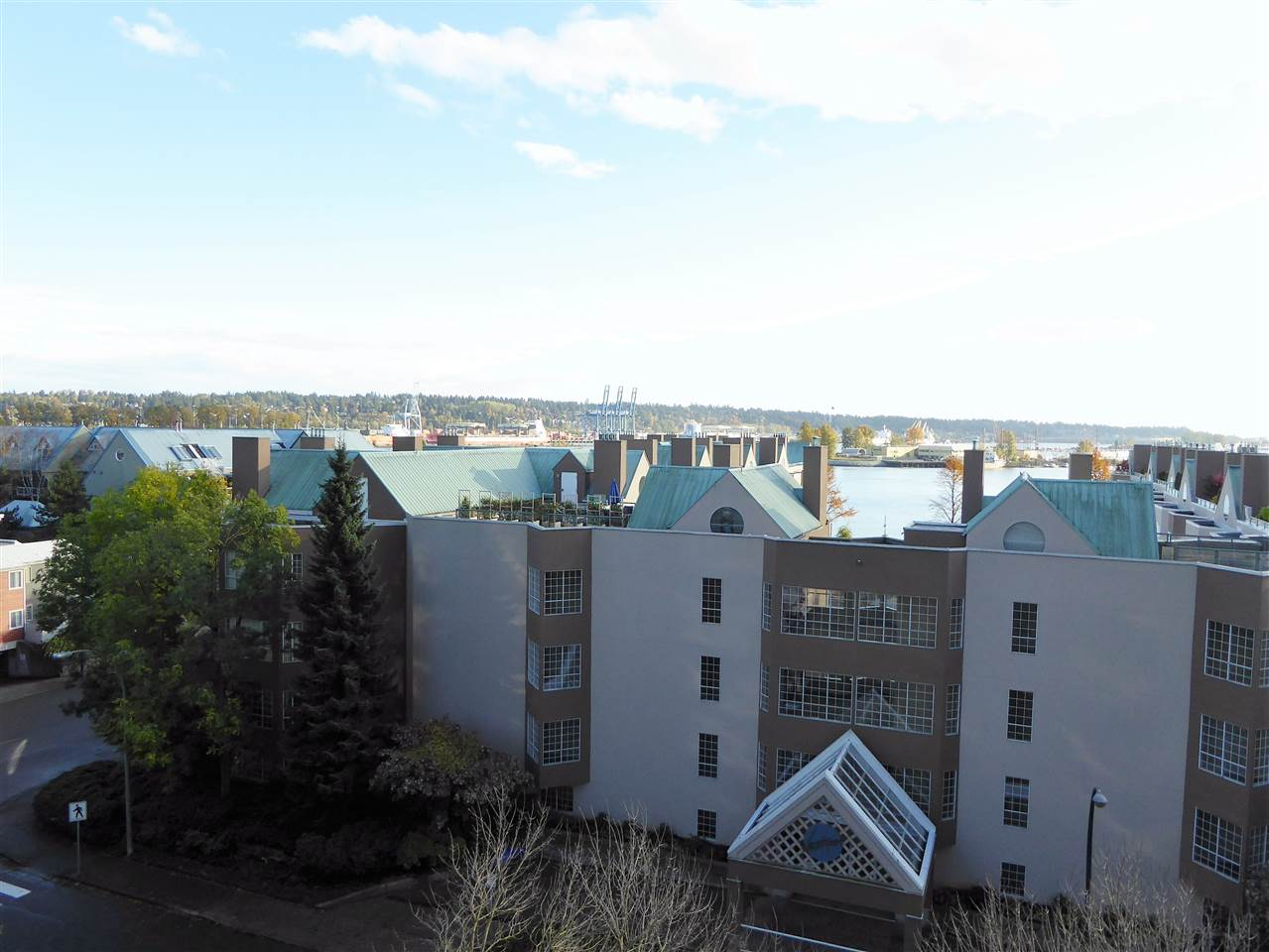"Photo 17: 701 1185 QUAYSIDE Drive in New Westminster: Quay Condo for sale in ""RIVIERA"" : MLS(r) # R2117245"